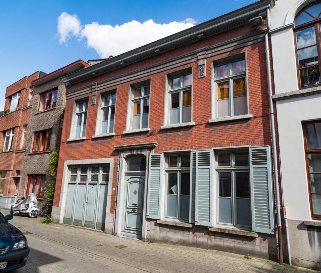 Gelukstraat 34. Foto Michel Vuijlsteke, juli 2016