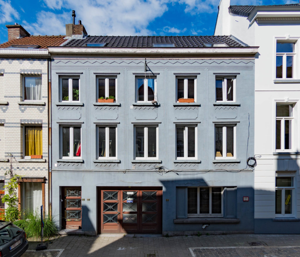 Sint-Katelijnestraat 34-38. Foto Michel Vuijlsteke, juni 2016
